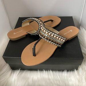 New flat sandals